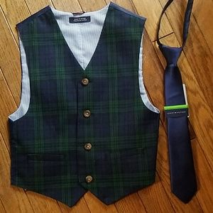 Tommy Hilfiger Boys Suit Vest and Tie, Size S (8)